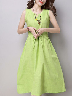 Green Plus Size Loose A-Line Round Neck Adjustable Waist Band Fit & Flare Knee Length Dress for Casual