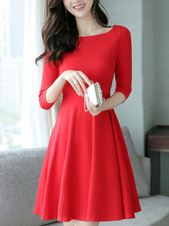 Red Plus Size Slim A-Line Round Neck Pleated Fit & Flare Above Knee Dress for Casual Party Office