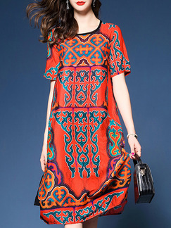 Red Colorful Plus Size Loose Printed Round Neck Furcal Side Shift Knee Length Dress for Casual Party