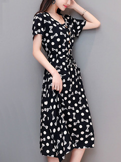 Black and White Slim Polka Dot Butterfly Knot Midi Fit & Flare Plus Size Dress for Casual Party