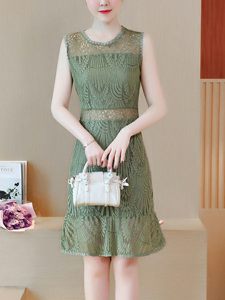 Green Slim Lace Cutout See-Through Round Neck Over-Hip Fishtail Knee Length Dress for Evening Party