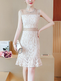 White and Beige Slim Lace Cutout See-Through Round Neck Over-Hip Fishtail Knee Length Dress for Evening Party