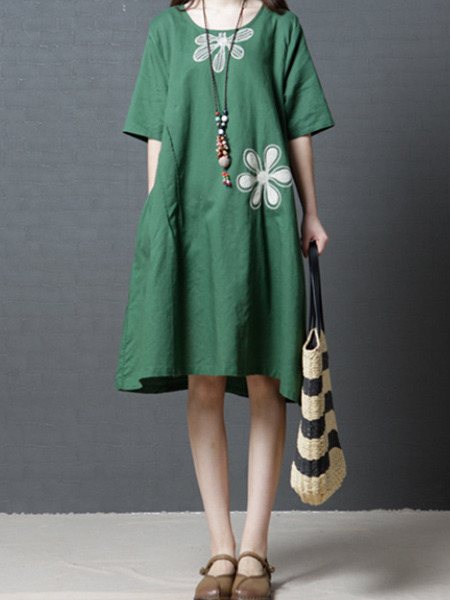 Green Plus Size Loose A-Line Round Neck Pockets Located Printing Knee Length Shift Dress for Casual
