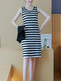 Black and White Two-Piece Plus Size Slim A-Line Contrast Stripe Round Neck Letter Printed Knee Length  Dress for Casual Party