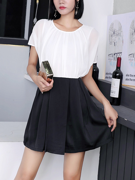 White and Black Fit & Flare Above Knee Round Neck Dress for Casual Party