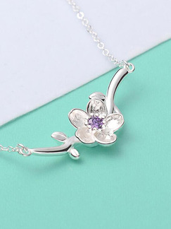 Alloy and Gold Plated Flower Necklace