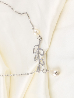 Pearls and Silver Plated Leaf Silver Chain Necklace