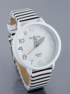 Black and White Leather Band Belt Pin Buckle Quartz Watch