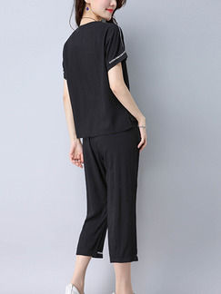 Black Plus Size Loose Adjustable Waist Round Neck Contrast Linking Tape Furcal Jumpsuit for Casual