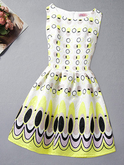 Black Yellow and White A-Line Contrast Wave Point Located Printing Girl Dress for Casual Party
