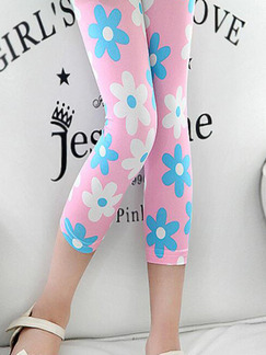 Pink Blue and White Tight Contrast Printed Three Quarter Girl Pants for Casual
