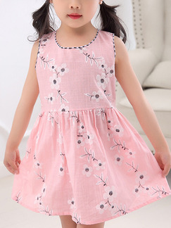 Pink Slim Printed Above Knee Fit & Flare Floral Girl Dress for Casual Party
