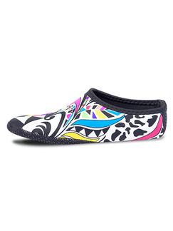 Colorful Unisex Contrast Printed Waterproof Shoes Swimwear for Swimming
