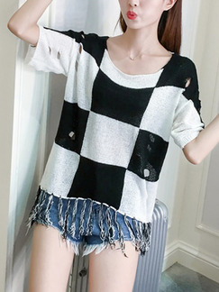White and Black Knitted Loose Grid Tassels Top for Casual