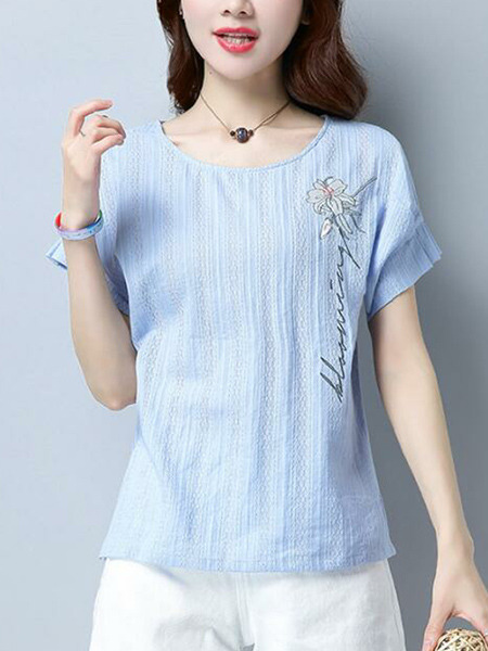 Blue Plus Size Loose Round Neck Embroidery Bat Sleeve Furcal Side Top for Casual